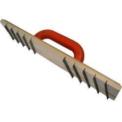 Raschiatore in legno per calcestruzzo cellulare espanso
